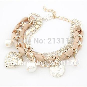 2014 Hottest New Arrival fashion korean heart pendant charming bracelet for women ,free shipping
