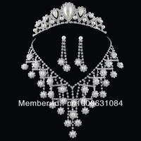 Free Shipping Hot Sale Pearl Wedding Jewelry Sets Silver Plated Shining Rhinestone Bridal Necklace Sets Matching Wedding Dresses