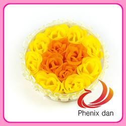 Free shipping 2012 hot-selling Festival gift 12pcs washing Rose soap flower circle shape with lace edges for shower favors(China (Mainland))