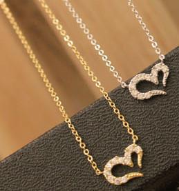 2015 New Fashion Hot Selling Misha Barton Love Promise Love Heart Necklace Short Women Sweater Chain