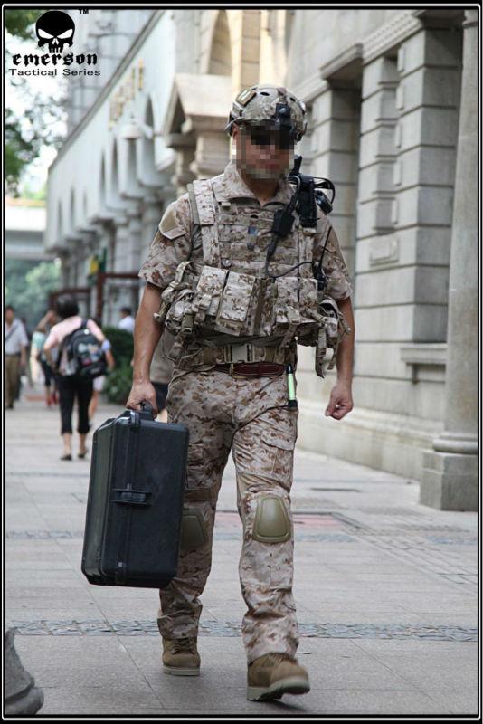 Airsoft-Combat-uniform-Emerson-BDU-Navy-Seals-Combat-Set-Summer ...