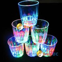 Mini LED Flashing Plastic Beverage Wine Drink Cup Bar Decorative Party Club Mug