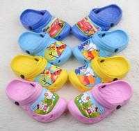wholesale 2014   Fashion Kids Garden Cartoon EVA clogs Shoes/Children Beach Sandals Slipper 4 colors T895 free shipping