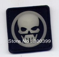 Punisher skull fluorescence  glow in dark rubber pvc milspec tactical swat velcro patch