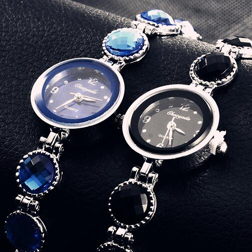 2014 Women Dress Lady Fashion Black Rhinestone Round Dial Casual Heart Bracelet Watch Time Quartz Nice Reloj Clock For Female(China (Mainland))