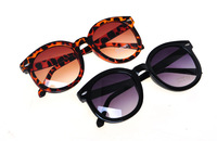 Hot Sale 2015 New Fashion Black Women Round Sunglasses Flat Top  Leopard Vintage Ladies Glasses Shades For Girls Accessories