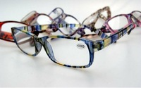 (50pcs/lot) fashion plastic reading glasses in good quality / colorful slim reading glasses 6-7 colors accept mixed order