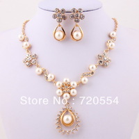 Free shipping 2014 gold plated  brand costume jewelry sets  vintage necklace and earrings sets fancy flower fashion jewelry sets