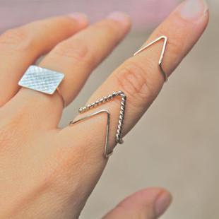"Free Shipping 2013 New Fashion Wire Chevron Knuckle Rings , ""V"" Shape Midi Ring"