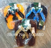 Free shipping 2013 new arrival Men's flip flops fashion flip flops sandals factory supply directly 3colors