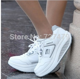 Dropship new arrival loss weight women sneakers swing female genuine leather sport shoes free fun women running shoes sneakers