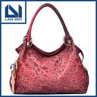 Europe   United States leather handbag bag fashion leisure shoulder hollow out a woman messenger bag dinner packages LK1006