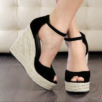 Women Shoes Freeshipping 2014 Ladies High Heel Sandals,Summer Women's Open Toe Button Straw Braid Wedges Platform Beach Sandals(China (Mainland))