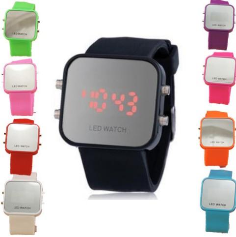 Nuevo 2014 de goma de colores jalea relojes de digitaces mujer