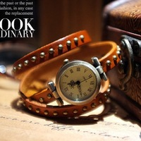 2013 hot fashion ROMA header women's vintage wrap genuine cow leather strap rivet bracelet watch top quality Free shipping WTH19