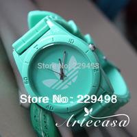 Free Shipping,2014 New Hot Sales Famous Women Men Watch,Multicolor Silicone Army Sports Wrist Bracelet Watch,Quartz Dress Watch