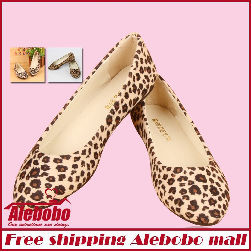 2014New Tip Low to help Leopard Simple Cozy Fashion Trend Flat shoes for women Big Size Large Size Shoes Woman(China (Mainland))