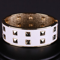 New Arrival Fashion Unique Rivet Style Design Jewelry Leather Hot Alloy Round Bangle for Women Free shipping (Mini order is $15)