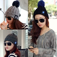 Hot Selling Roll-up Hem Bulb Pentagram Wool Knitted Hat Winter Women Accessories Five-pointed Star Pompon Beanie 18770