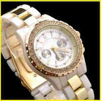 2013 HOT New arrivals! Luxury Diamond Brand Fashion Quartz Wrist Watch Lday Girls /w LOGO