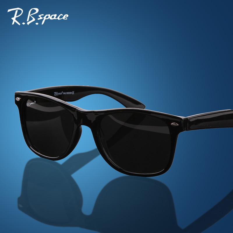 4105 Unisex fashion vintage Polarized sunglasses man Classic Brand Rivets Metal Design men women retro Sun glasses gafas oculos(China (Mainland))