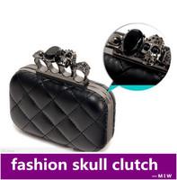 Free shipping vintage Skull purse Black Knuckle Ring Handbag Women Skull Clutch Evening Bag With shoulder Chain bolsas femininas