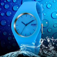 2014 New Fashion Brand Women Colorful Jelly Watch Men Silicone Band Quartz Watch 30M Waterproof Sports Watches Wristwatch