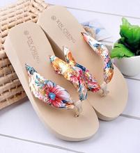 2014 Summer Slippers New Flip Flops Women Sandals Bohemian Muffin Slope With Female Drag Sandals()