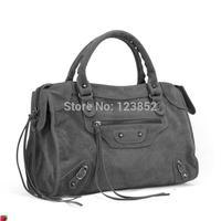 Fashion Designers Women's classical Vintage Motorcycle Bag Women Leather Shoulder Bags mid frozen bag  tassel tote lunch bag