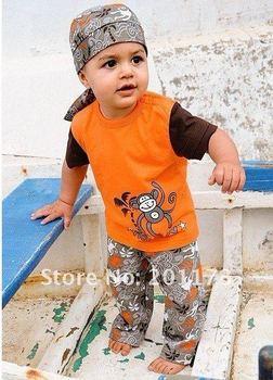 2014 special offer peppa meninas vestir frozen wholesales boys clothing sets 3 pieces:tops+pants+ scarf hat 119 free shipment