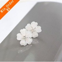 2014 New Fashion Hot Sell South Korea Style Flower Shaped Fashion Female Stud Earrings Flower Earrings   66E307