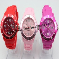 DISCOUNT! 106pcs/lot 2012 fashion Watches With Calendar ,no logo,13 color Wholesale silicone watch