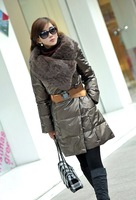 Top Quality Fashion  Super Larger Fox Fur Collar Women Winter Warm Down Jacket with Belt