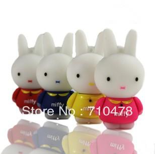 CC60  Wholesale Hot Full Capacity Cartoon Cute Rabbit 4GB 8GB USB 2.0 Flash Pen Drive Memory stick Car/Thumb/pen Free Shipping