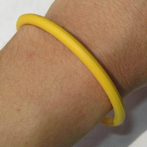 Bracelet unisex ring round circle solid white black green blue yellow