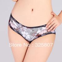 Free Shipping Fashionable Women's Flowe Underpants - AV072