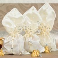Free Shipping Ivory Silk Wedding Favor Box/Favor Box/Candy Box
