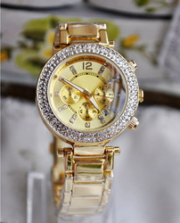 [CBS-B] Bracelet Watch for ladies with crystals, Quartz watch with zinc alloy strap! Available in 4 different colors!(China (Mainland))