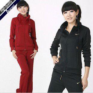 Спортивные костюм купить для женщины