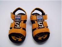 Free shipping, 2014 new summer soft bottom kids sandals PU leather stitching boys ankle strap shoes.