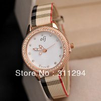 JW335 Simple Style Quartz Wrist Watches Rose Face Tartan Design Band Full Diamond Dress Watch Women's Clock