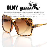 2013 newest Star style sunglasses women luxury fashion summer sun glasses women's large vintage retro glasses  gafas de sol