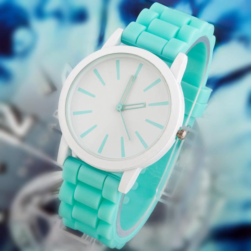 2014 new fashion Classic Geneva Silicone quartz Watch Jelly women Rhinestone dress watches free shipping(China (Mainland))