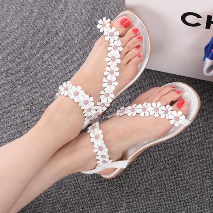 retail Flip-flop sandals flip women's shoes flat flats bohemia flower beaded soft outsole sweet size 35-39(China (Mainland))