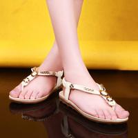 2015 New vintage summer flat sandals triangle metal women's shoes belt clip flip-flop shoes black and white hot sale 19