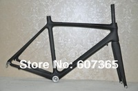 Carbon fibre road bicycle frame with 3k matt finishing fm028