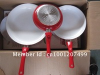 3 PCS FRY PAN CERAMIC FRY PAN ---NON STICK---CAN BE USE ON THE GAS STOVE & INDUCTION COOKER SAME TIME