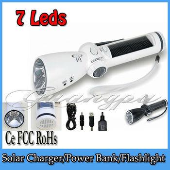 LED Torch  LED Flashlight Adjustable Focus Zoom flash Light Lamp +Hand Crank Dynamo+FM/AM Radio+Charger