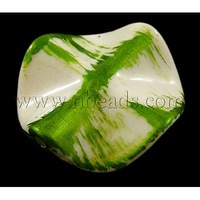 Spray Painted Acrylic Beads,  Flower,  Green,  Size: about 26mm in diameter,  4mm thick,  hole:1.5mm,  about 250pcs/500g