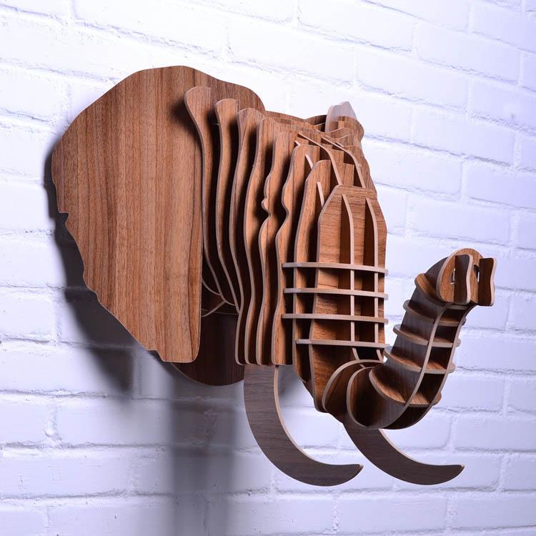 Bricolage en bois pour suspendre décor. tête d'éléphant, décor en bois tête d'animal, décoration à la maison, l'artisanat et des arts, objets en bois sculpté, articles